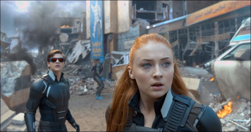 Famous Sophie Turner Movies include X-Men Apocalypse