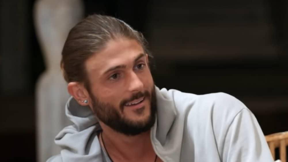 Jesus alike Matthew in Netflix series too hot to handle character