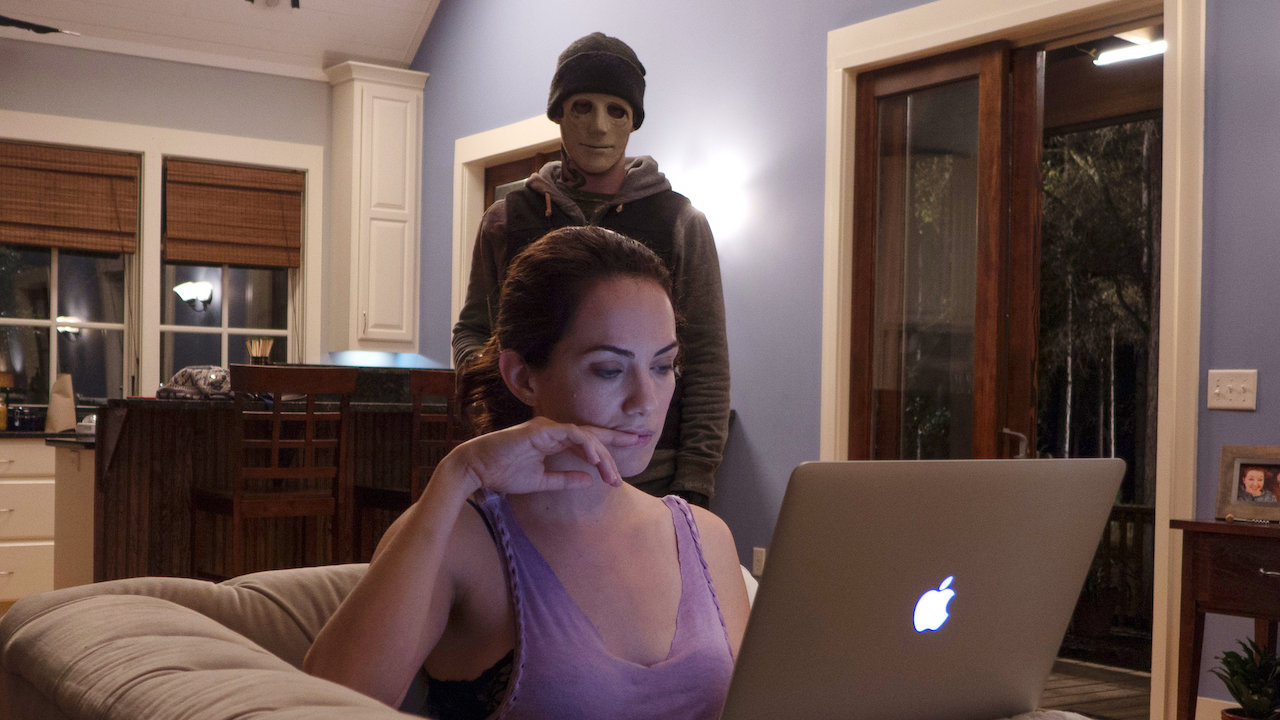 Kate Siegel and the killer in who is the killer in hush movie